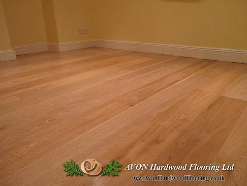 Hardwood floor re oiling