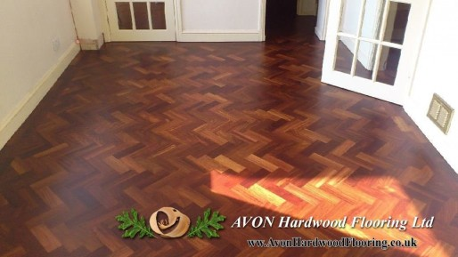 Why To Choose Dark Parquet Flooring Dark Wood Floor Fitting In